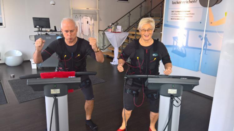 Willy Ehrlich + wife EMS training
